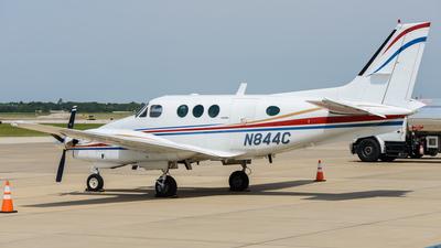 A picture of N844C - Beech C90 King Air - [LJ866] - © Yangzao Li