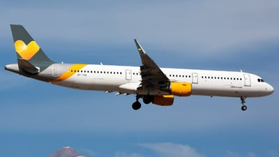 OY-TCG - Airbus A321-211 - Sunclass Airlines