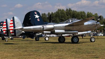 N25Y - Lockheed P-38L Lightning - The Flying Bulls