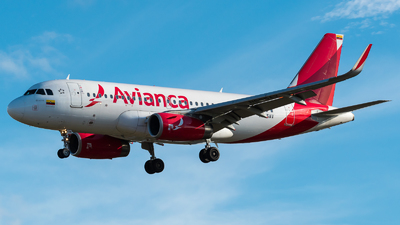 N695AV - Airbus A319-132 - Avianca