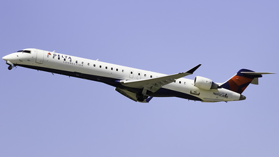 A picture of N692CA - Mitsubishi CRJ900LR - Delta Air Lines - © Zachary Bogart