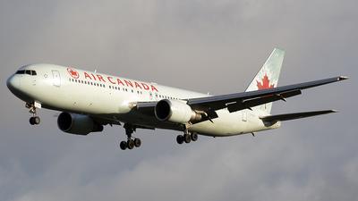 C-GHLV - Boeing 767-333(ER) - Air Canada