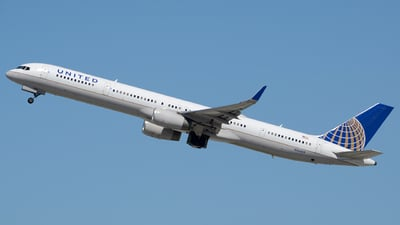 N56859 - Boeing 757-324 - United Airlines