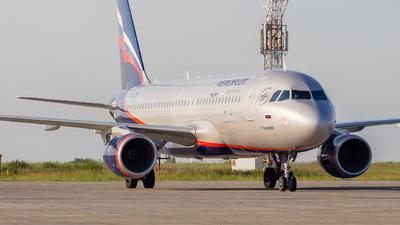 A picture of VQBTW - Airbus A320214 - Aeroflot - © Mikhail Leukhov