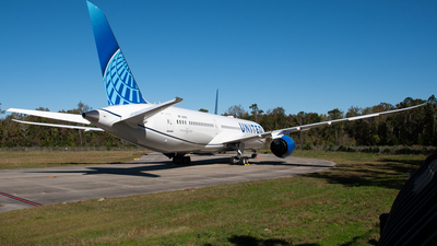 N28987 - Boeing 787-9 Dreamliner - United Airlines