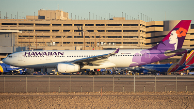 A picture of N393HA - Airbus A330243 - Hawaiian Airlines - © Alexander Owen