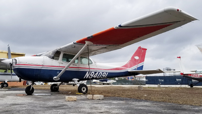 N9409L - Cessna 172P Skyhawk - Private