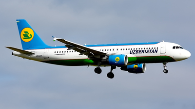 UK-32011 - Airbus A320-214 - Uzbekistan Airways