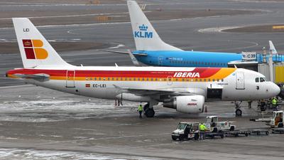 EC-LEI - Airbus A319-111 - Iberia