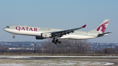 A7-AEA - Airbus A330-302 - Qatar Airways
