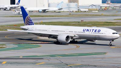 A picture of N2748U - Boeing 777300(ER) - United Airlines - © Jordan Louie