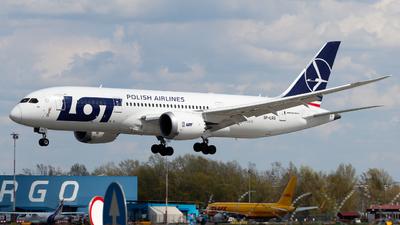 A picture of SPLRG - Boeing 7878 Dreamliner - LOT - © Pawel Grotowski