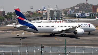 A picture of CCBGK - Boeing 7879 Dreamliner - LATAM Airlines - © Juan Carlos Alvarez (MAS Aviation Press)