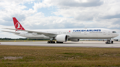 TC-JJR - Boeing 777-3F2ER - Turkish Airlines