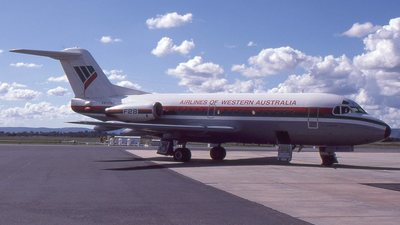 VH-FKF - Fokker F28-1000 Fellowship - Airlines of Western Australia