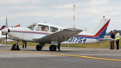 A picture of N31754 - Piper PA28181 - [287890478] - © Kaz T