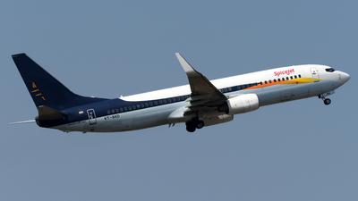 A picture of VTSXD - Boeing 73785R - SpiceJet - © Alvin Ho - AHKGAP