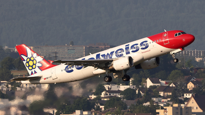 A picture of HBIJV - Airbus A320214 - Edelweiss Air - © Tomasz Habaj