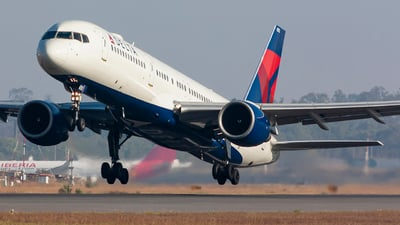 A picture of N6702 - Boeing 757232 - Delta Air Lines - © chalymtz