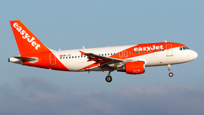 A picture of HBJYI - Airbus A319111 - easyJet - © Matteo Lamberts