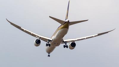 9V-SCN - Boeing 787-10 Dreamliner - Singapore Airlines