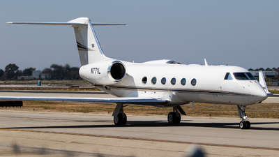 A picture of N771L - Gulfstream G450 - [4033] - © Alex Crail