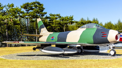 24-865 - North American F-86F Sabre - South Korea - Air Force