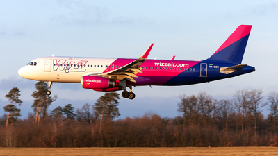 HA-LSC - Airbus A320-232 - Wizz Air