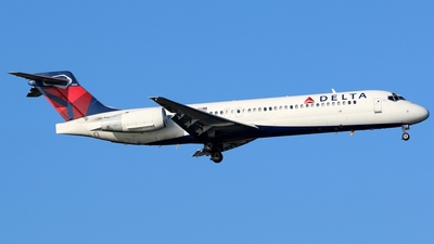 N949AT - Boeing 717-2BD - Delta Air Lines