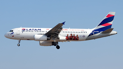 A picture of CCBAJ - Airbus A320232 - LATAM Airlines - © MartinezRoe7
