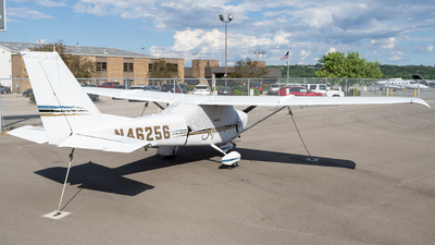 N46256 - Cessna 172I Skyhawk - Private