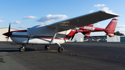 N1880M - Cessna 337G Skymaster - Private