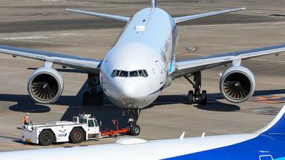 JA754A - Boeing 777-381 - All Nippon Airways (ANA)