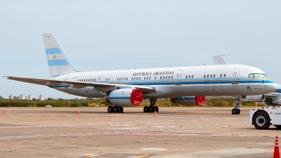 T-01 - Boeing 757-23A - Argentina - Government