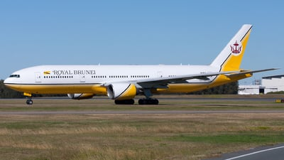 V8-BLA - Boeing 777-212(ER) - Royal Brunei Airlines