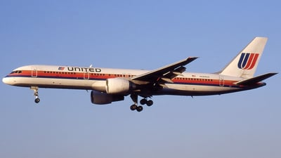 N569UA - Boeing 757-222 - United Airlines