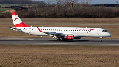 A picture of OELWJ - Embraer E195LR - Austrian Airlines - © Hanjo Schrenk