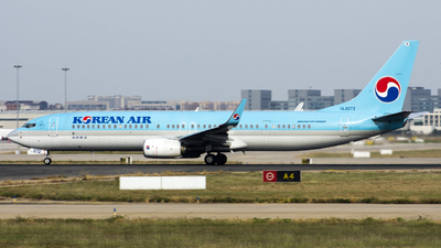 HL8272 - Boeing 737-9B5ER - Korean Air