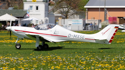 D-MXSE - AeroSpool Dynamic WT9 - Private