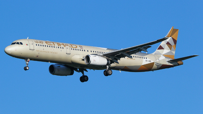 A picture of A6AEE - Airbus A321231 - Etihad Airways - © Vitaly Revyakin