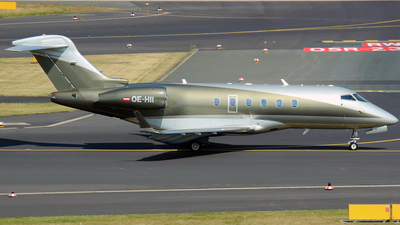 OE-HII - Bombardier BD-100-1A10 Challenger 300 - LaudaMotion