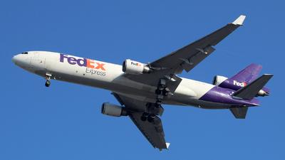 A picture of N574FE - McDonnell Douglas MD11F - FedEx - © wangruoyao