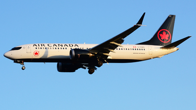 C-FSES - Boeing 737-8 MAX - Air Canada
