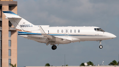 N806GJ - Hawker Beechcraft 800XP - Private