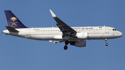 HZ-AS57 - Airbus A320-214 - Saudi Arabian Airlines