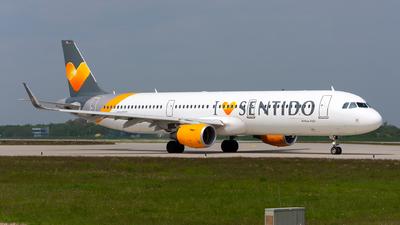 D-ATCD - Airbus A321-211 - Condor