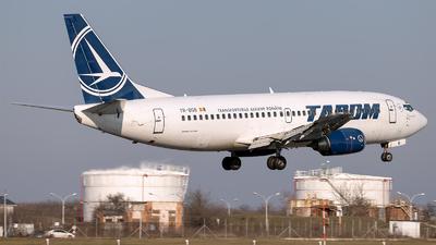 A picture of YRBGB - Boeing 73738J - Tarom - © Loredana Cioclei
