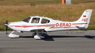 D-ERAO - Cirrus SR22 - Private