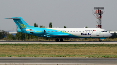 UP-F1010 - Fokker 100 - Kam Air