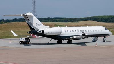 SE-RMT - Bombardier BD-700-1A10 Global 6000 - Saab